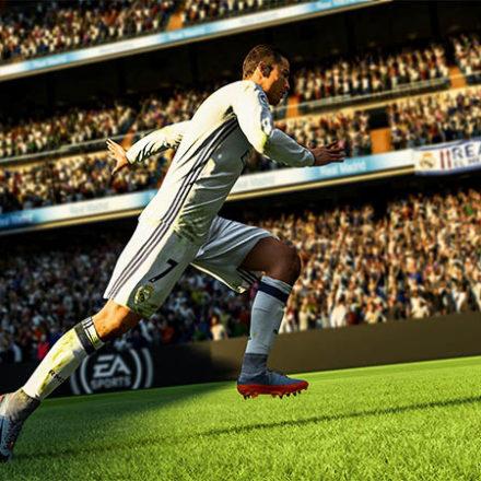 Опубликованы первые оценки FIFA 18. В новом видео показали футбол во дворе